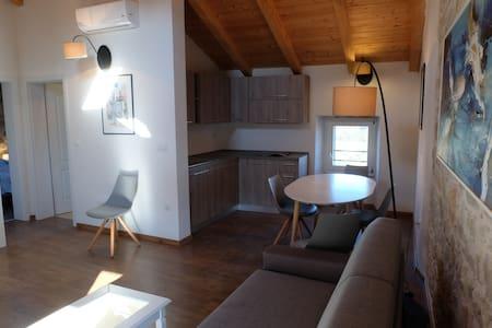 Vrsar - Apartment in old town (attic in 3rd floor)