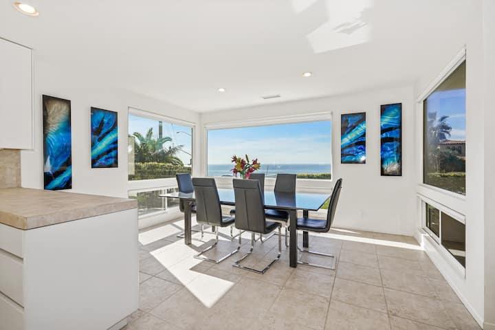 Modern Beach Home With Direct Beach Access