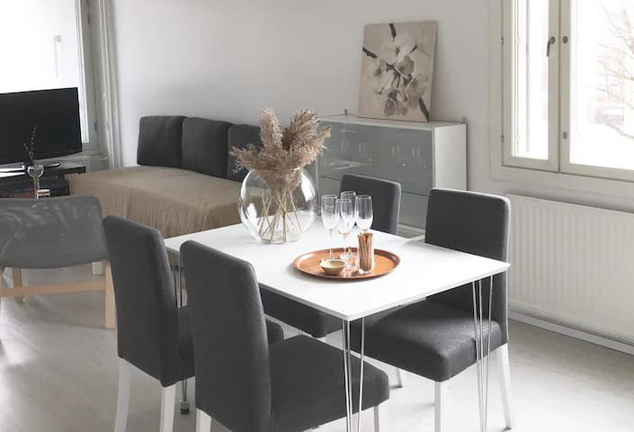♛Light and airy 100m2 apt close to culture and fun