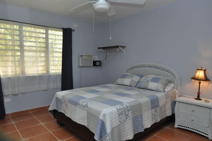 Isla Hermosa Guesthouse- Playa Navio