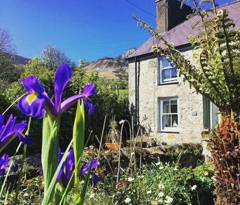 Cosy Quarryman's Cottage - Fantastic Views