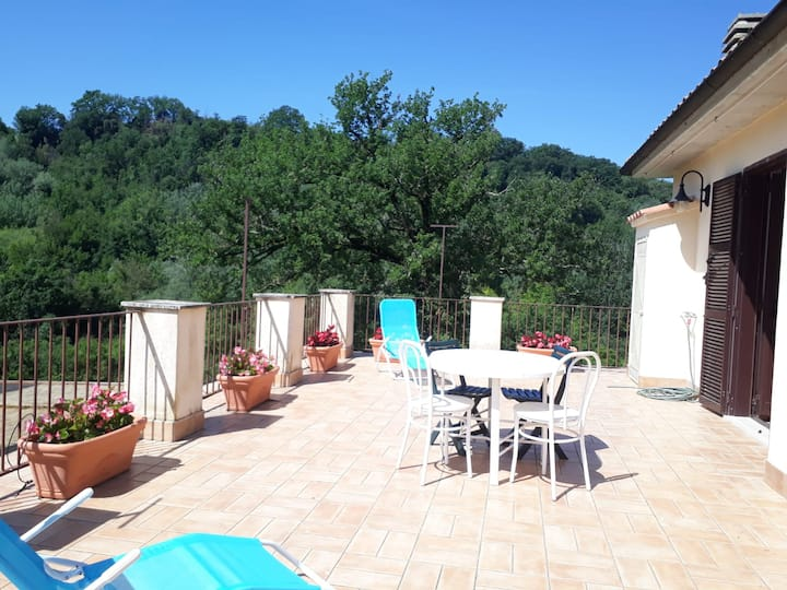 Quercia - Private Apt in shared large garden