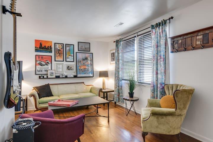 Recently Renovated Charming Urban Condo - Nashville - Appartement en résidence