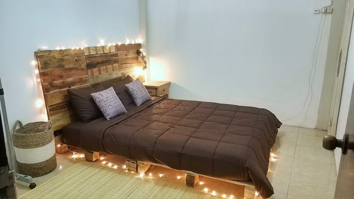 SIMPLE & COZY ROOM! DN FRIENDLY