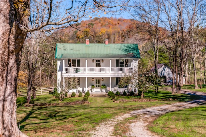 Fox Country Farmhouse c.1860 by White's Room+Board