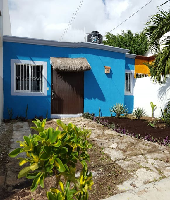 Cute Private One Bedroom Tulum Home. A whole house for the price of a small hotel room !!!