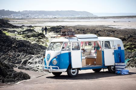 O'Connors Campers VW Campervan Hire - Camper/RV