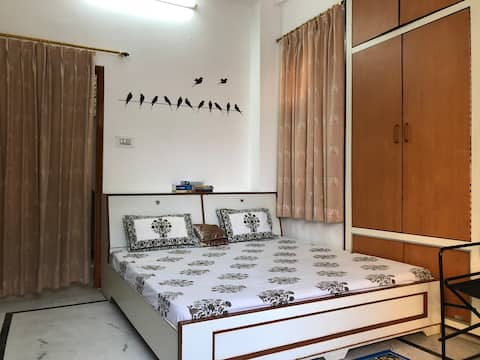 Home-stay - Let's Explore & Experience Jaipur