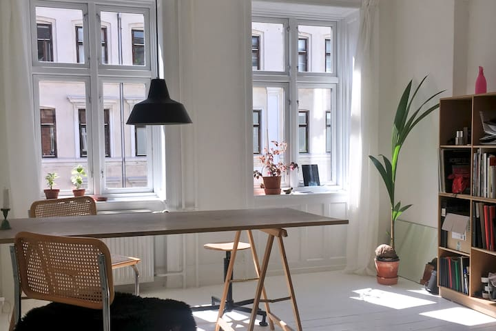 Bright apartment in central Østerbro