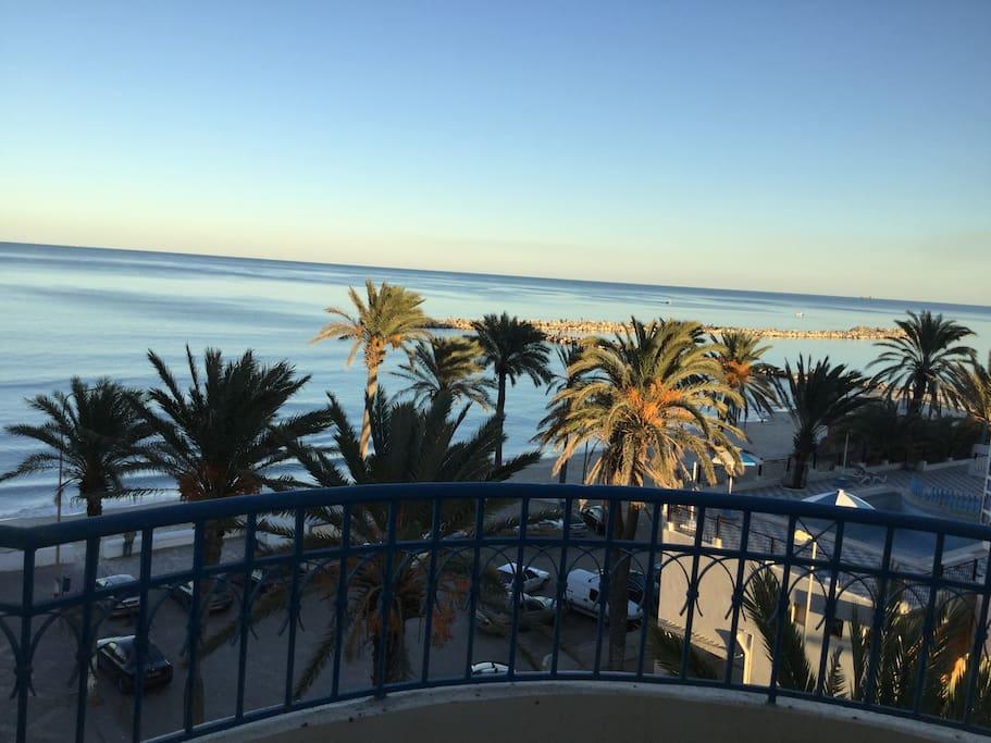 Une photo depuis le balcon de la chambre à coucher 1