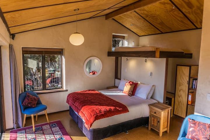 Cedar Mountain Chalet. Privacy - magnificent views