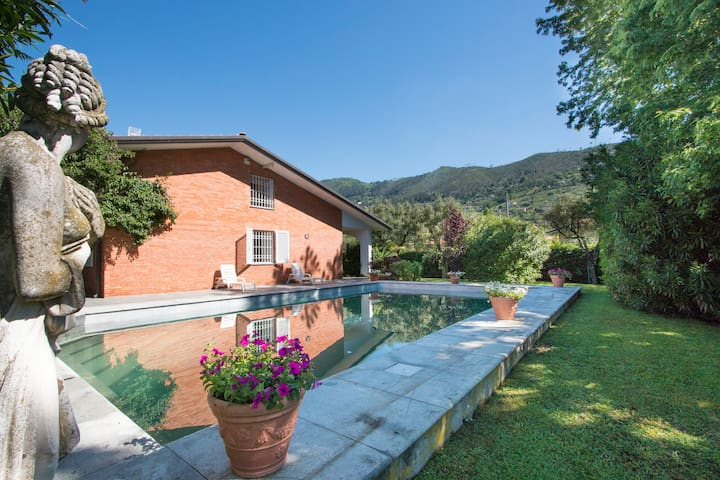 Private villa with marble pool, sauna and barbecue - Seravezza - Villa