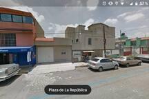 Calle Plaza de la República y Plazuela 2a