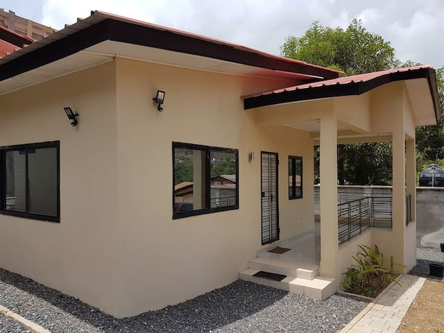 Portersville.... Well furnished 1 bed Villa/Chalet
