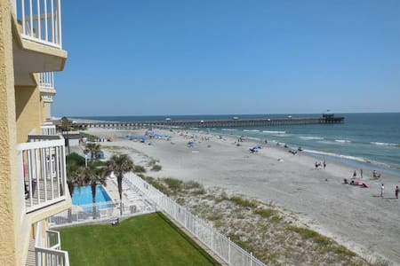 Beachfront condo Folly Beach 4/Br - 아파트(콘도미니엄)