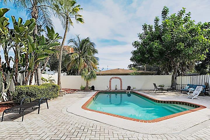 Charming Pompano Beach Retreat w/ Pool & Grill