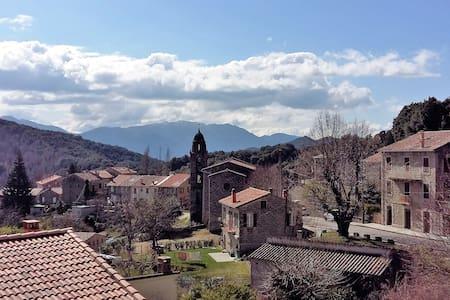 Maison typique Corse - Campo - Dům