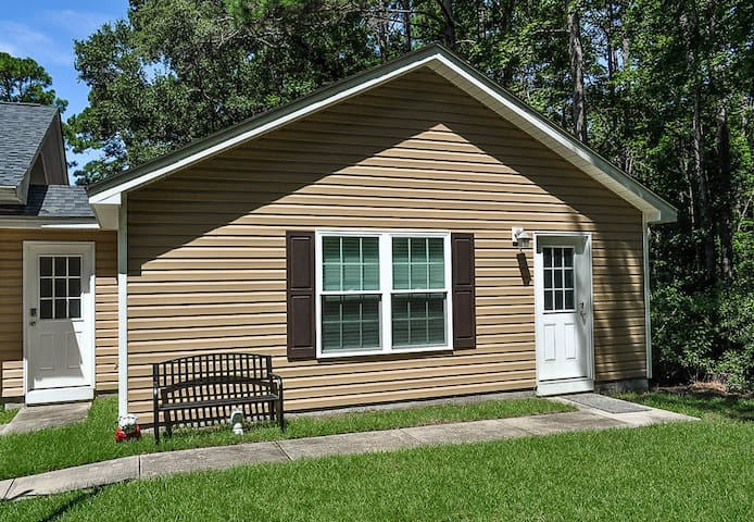 Murrells Inlet Spacious-Easy Access to Everything!