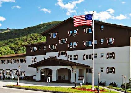Mittersill Alpine Resort in a 1 Bedroom Suite - Franconia