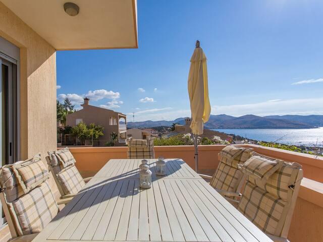 Anavyssos Luxury Sea View Private Villa / Riviera