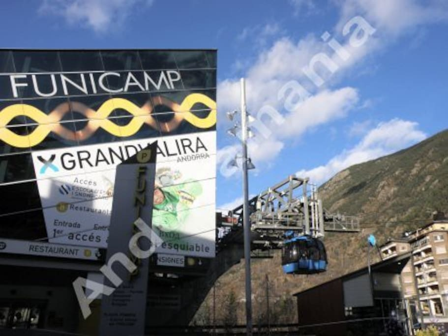Funicamp à 400 m