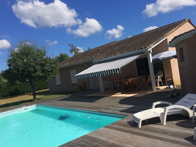 chambre  proche centre Bergerac - piscine - Bergerac