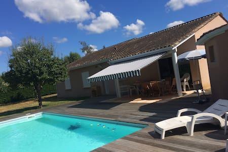 chambres proches centre Bergerac - piscine