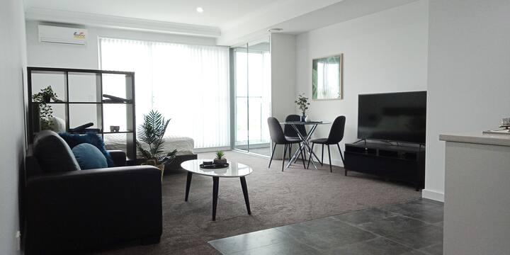 Extra large modern studio apartment Baulkham Hills