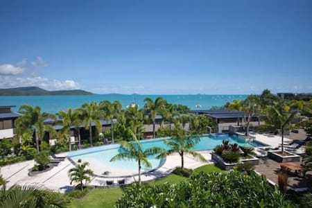 Whitsundays unit with ocean views - Cannonvale