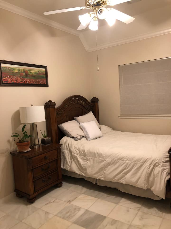 Available room and bathroom in sugar land