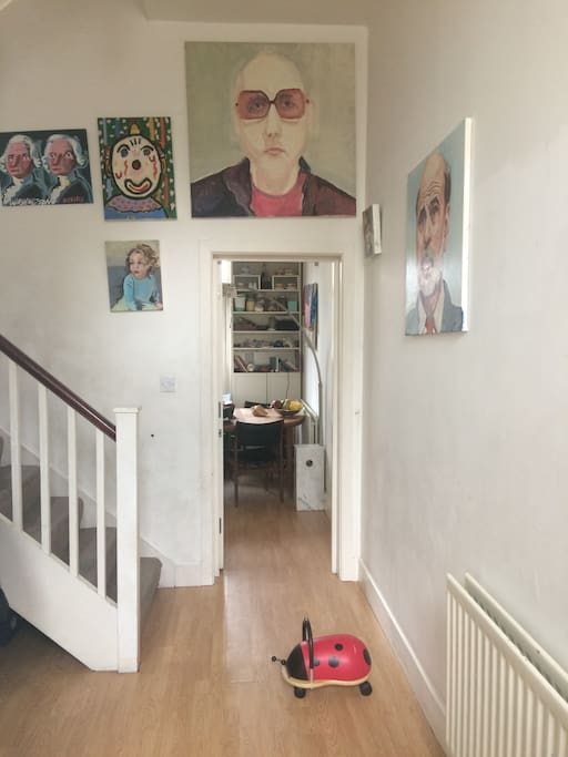 Funky family friendly house right on regents canal for Funky house london