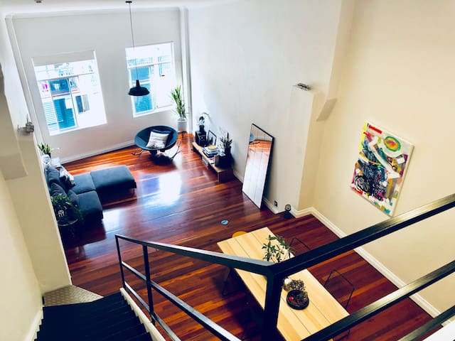 Beautiful Loft Apartment in the heart of Redfern