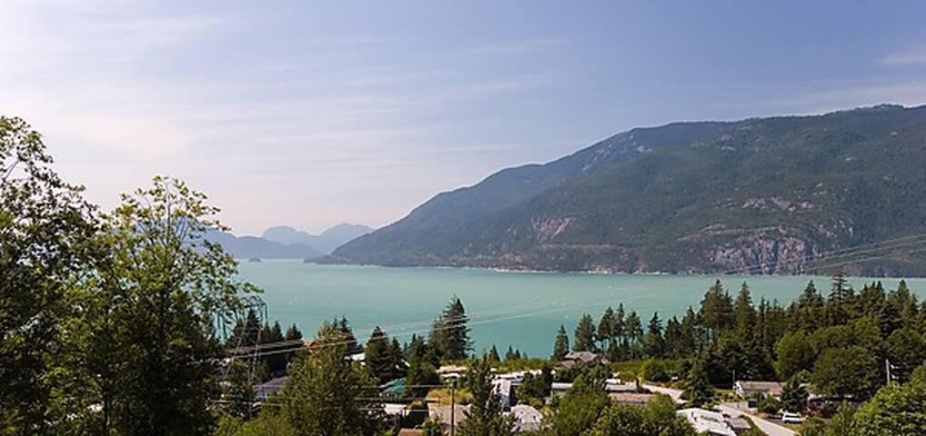 Elegant & Modern Villa w/ Breathtaking Ocean View