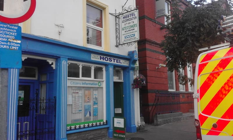 Katie O'Connor's Holiday Hostel - Kilrush - Hostel