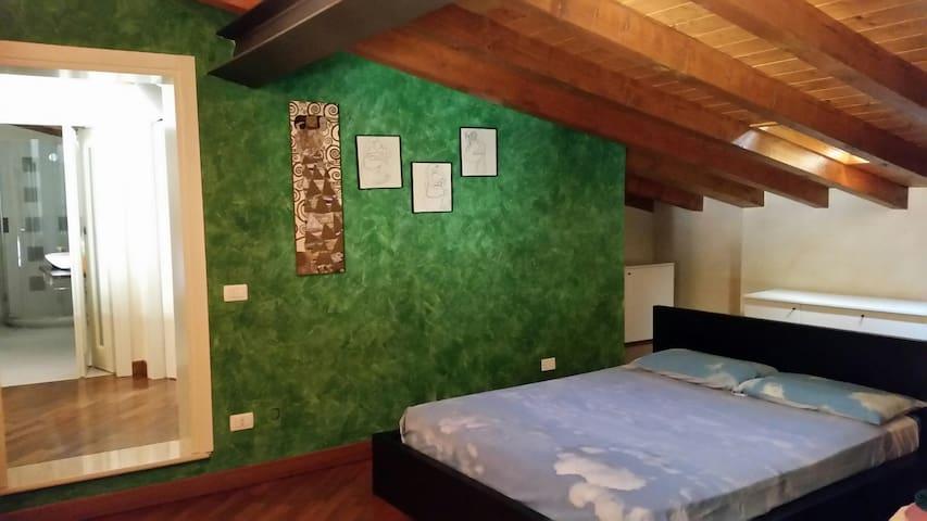 Particolare appartamento in Franciacorta - Bornato