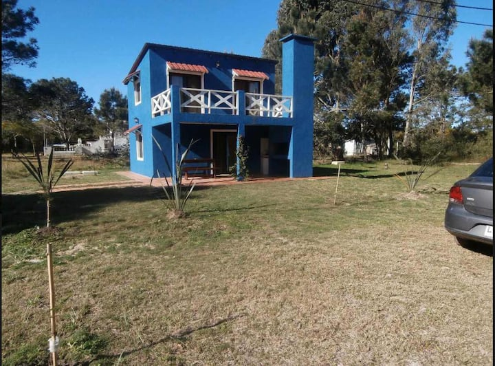 Hermosa casa a metros del Mar La Esmeralda