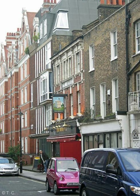 Homer Street Marylebone.13min walk from Oxford Street. 3min from underground.
