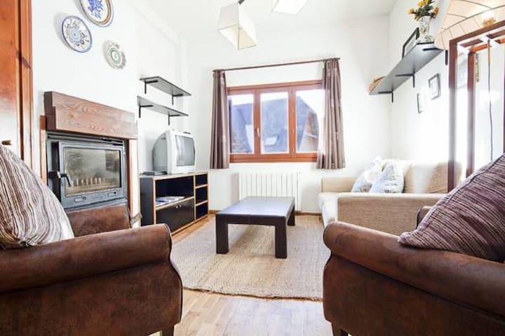Apartment for 4 Baqueira slopes EDU
