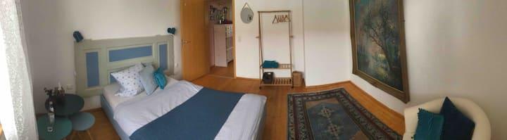 Blue-Room vor den Toren Münchens
