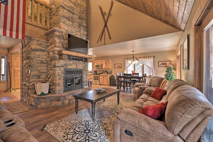 Tranquil Angel Fire Cabin w/Deck: 1Mi to Golf/Fish
