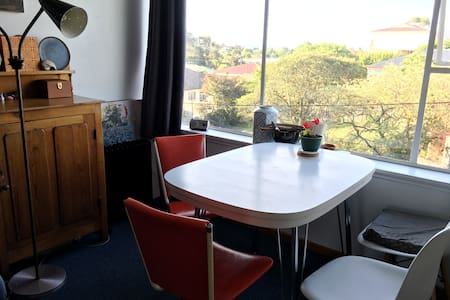 Artist's flat, New Town, Hobart - New Town - Appartement