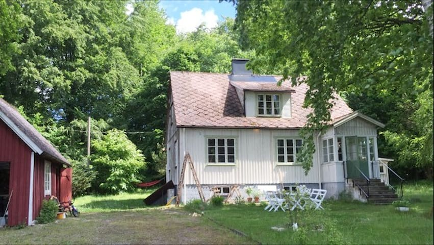Charming country house in beautiful Linderödsåsen