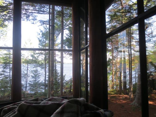 Cozy Camp on Moosehead Lake - Greenville - Cabana