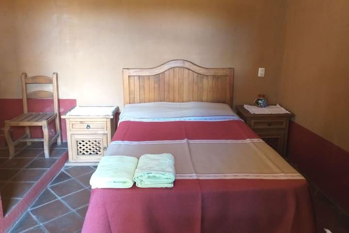 Habitación sencilla/Hostal Iurhixeo