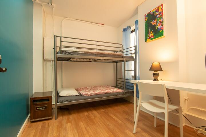 Midtown Private Room 2-bunk bed
