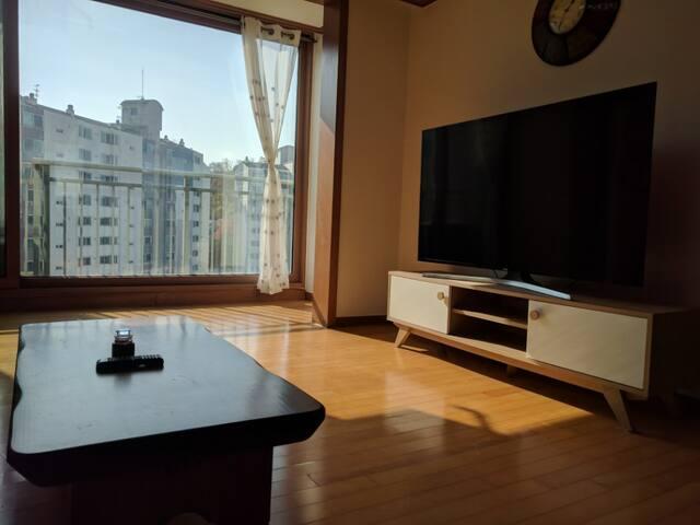 SPACIOUS 2-room Apartment near Korea University!