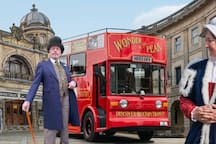 A local tour agent giving fantastic insight in to the history of Buxton and showing some of its wonderful architecture.