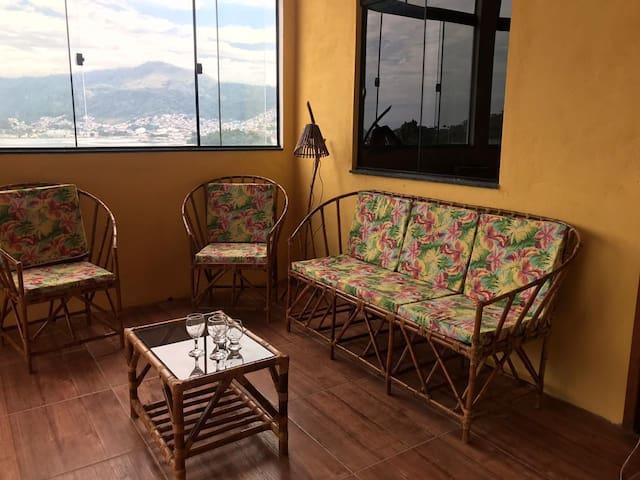 Casa em Angra com Vista pro Mar - Marinas