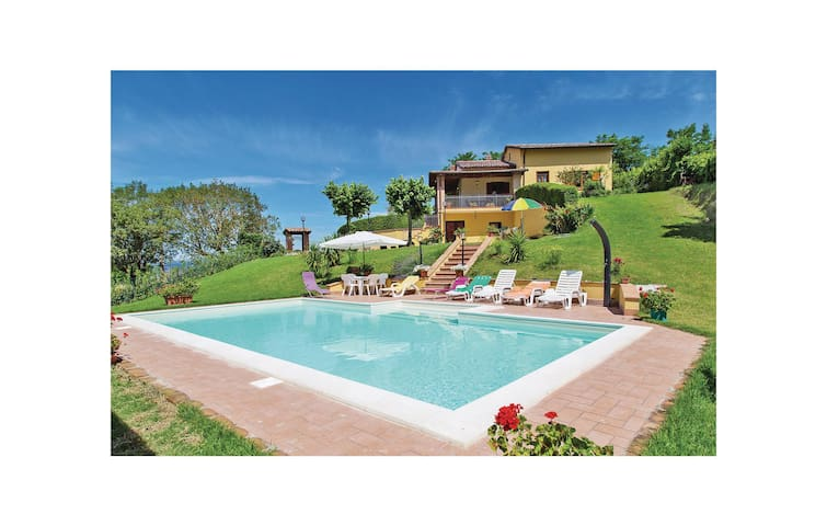 Holiday cottage with 3 bedrooms on 100 m² in Guardea TR