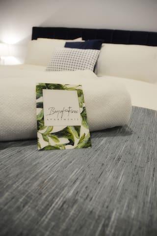 Soft towels provided